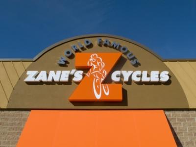 Anh Chris Zane - chủ hãng xe đạp Zanes Cycle bắt đầu kinh doanh từ năm 16 tuổi, khi vẫn đang đi học trung học
