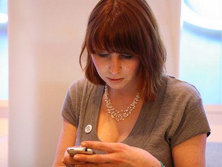 """Các """"ông lớn"""" thú nhận làm gián điệp trên smartphone"""