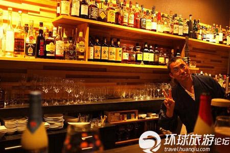 Chuyện kinh doanh quán bar nổi tiếng của các hòa thượng ở Tokyo