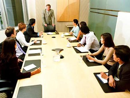 Thực tế, hội họp liên miên sẽ khiến đầu óc con người đơ như một cỗ máy chết