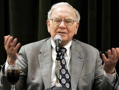 Tại sao Warren Buffett quyết định công bố thông tin về bệnh ung thư?