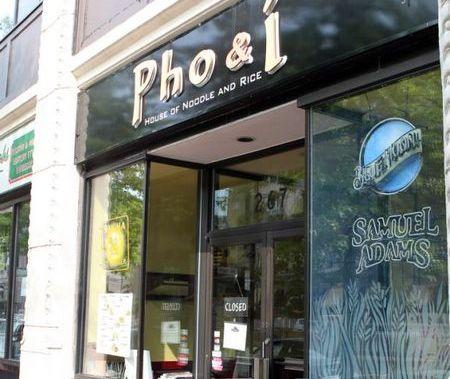 """Nhà hàng của gia đình Priscilla Chan, nay đã được đổi chủ và đổi sang tên mới khá """"Việt Nam"""": Pho & I (Phở và tôi)"""