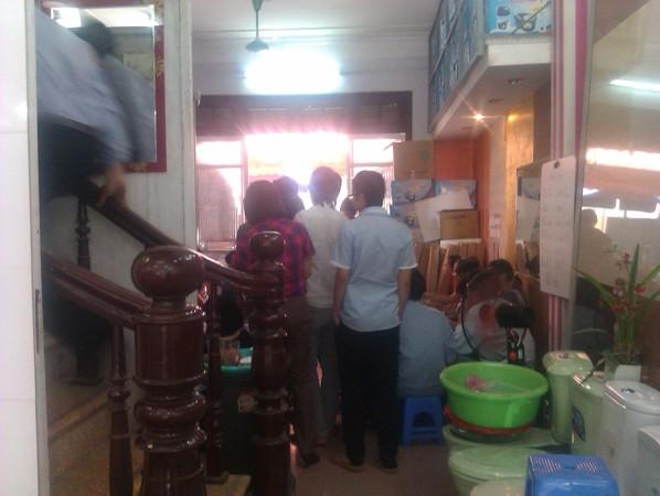 Thời khủng hoảng: Giám đốc thức thời chuyển hướng bán bún đậu mắm tôm (2)