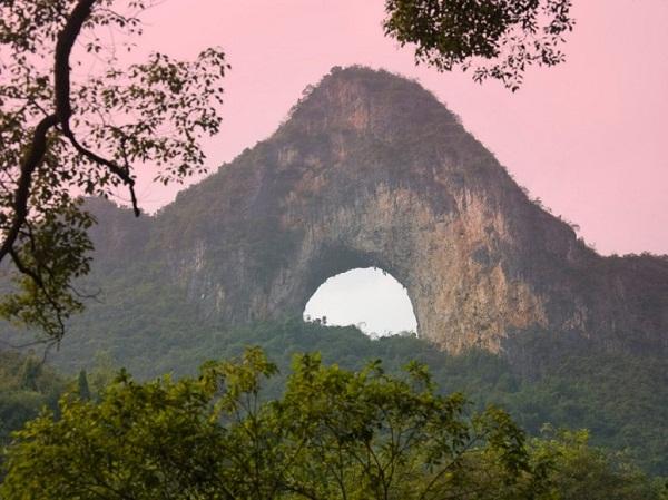 Những cây cầu đá tự nhiên hùng vĩ nhất thế giới (4)