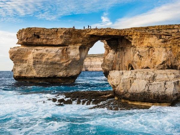 Những cây cầu đá tự nhiên hùng vĩ nhất thế giới (6)