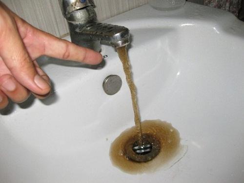Báo động chất lượng nước sinh hoạt: Hàng triệu dân đô thị uống mầm bệnh mỗi ngày (1)