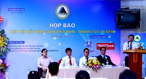 Bất ngờ với Ngân hàng Xây dựng Việt Nam (2)