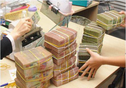 Hình ảnh Bị doanh nghiệp lừa, sếp ngân hàng Vietcombank thành nhân viên đòi nợ số 1