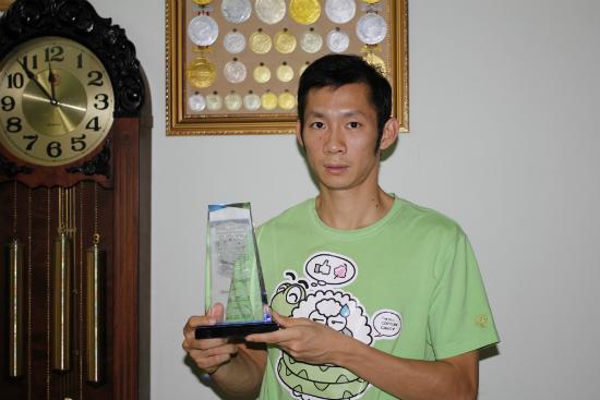 Tiến Minh với chức vô địch Mỹ mở rộng 2013 (Giải Mỹ mở rộng chỉ trao Cup tượng trưng thay cho chiếc Cup khủng của giải).