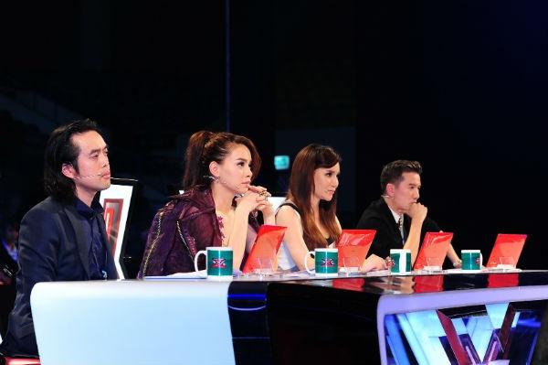 """Ban giám khảo chương trình """"Nhân tố bí ẩn"""" - 1 trong 3 chương trình truyền hình thực tế về âm nhạc chiếm giờ vàng cuối tuần sóng truyền hình"""