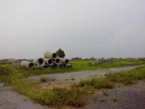 Xót xa với cảnh hoang tàn một số dự án đô thị mới Mê Linh (2)