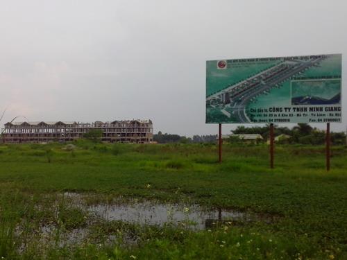 Xót xa với cảnh hoang tàn một số dự án đô thị mới Mê Linh (4)