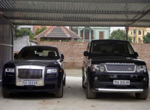 """Roll-Royce và Range Rover biển """"độc"""" này của bầu Thụy có giá hơn 1 triệu USD"""