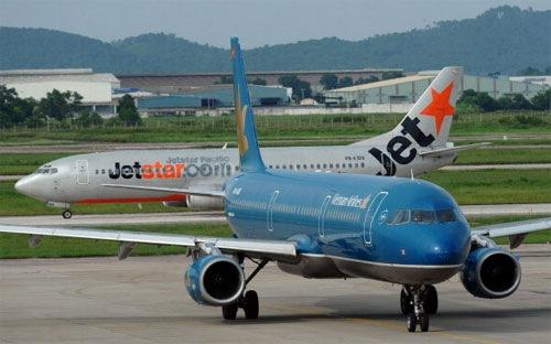 Financial Times cho rằng, các hãng hàng không mới mở ở Việt Nam phải đối mặt với sự cạnh tranh gay gắt từ hãng hàng không quốc gia Vietnam Airlines.