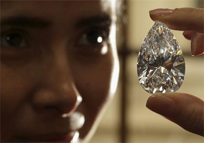 Ngắm viên kim cương giá hơn 600 tỷ sắp được rao bán (1)