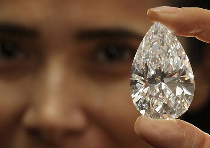 Ngắm viên kim cương giá hơn 600 tỷ sắp được rao bán (3)
