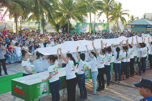 Ariel là quân bài mới của P&G nhằm đối đầu với Omo của Unilever tại Việt Nam