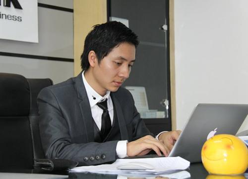 Nguyễn Văn Dũng tự nhận mình không phải là một người giỏi điều hành nhưng trong tay anh đang có một đội ngũ nhân sự khoảng 150 người.