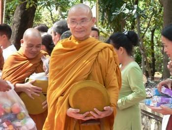 Thầy Thích Viên Minh, trụ trì chùa Bửu Long (TP Hồ Chí Minh).