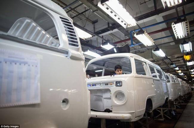 Vĩnh biệt huyền thoại Volkswagen Kombi 4