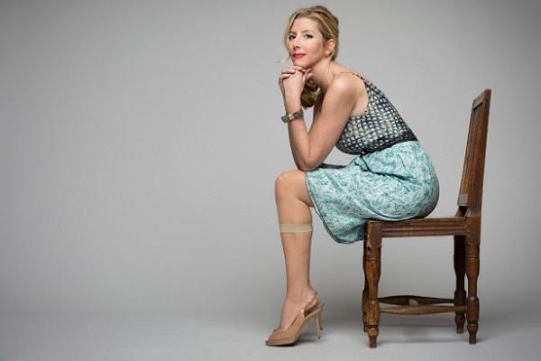 Sara Blakely: Nữ tỷ phú sẵn sàng thử đồ lót ngay tại cuộc họp