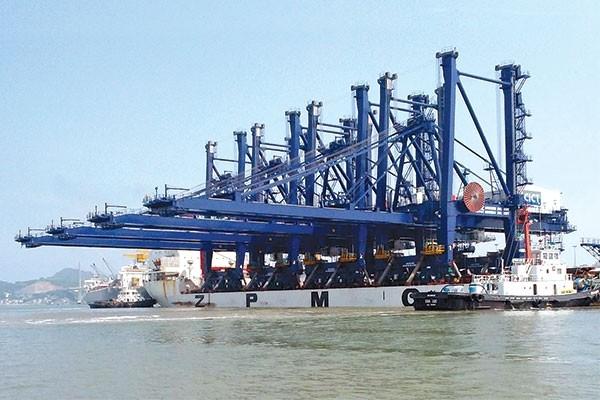 Chỉ trong 6 tháng đầu năm, cảng Quảng Ninh đã có lợi nhuận 26,6 tỷ đồng. Ảnh:CVHHQN