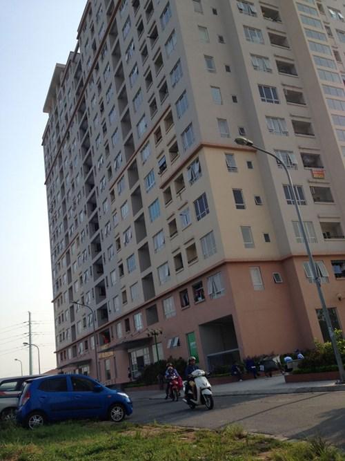Cư dân tòa nhà No 10A do Hanco 3 làm chủ đầu tư bức xúc vì chưa có sổ đỏ và nguồn nước không đảm bảo.