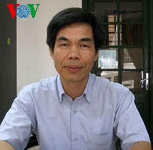 TS Trần Tuấn