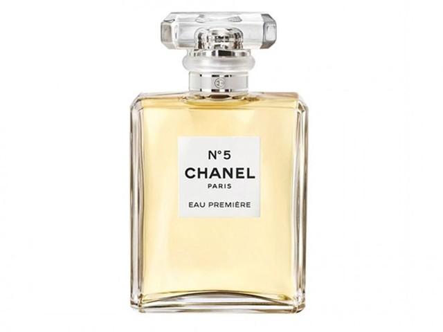 """Tại sao lại là nước hoa Chanel """"No. 5""""?"""
