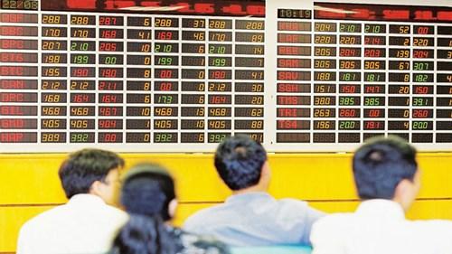 Thị trường chứng khoán đã không còn xa lạ với người Việt