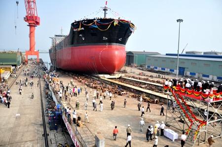 tàu 53.000 tấn