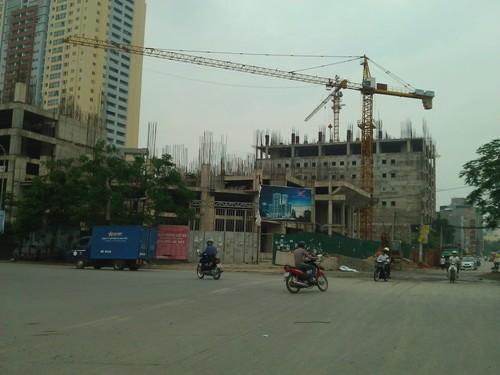 Toàn cảnh dự án đang triển khai dở dang vào tháng 6/2014