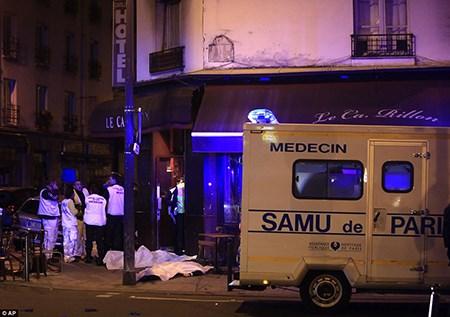 Nước Pháp đặt trong tình trạng báo động khẩn cấp