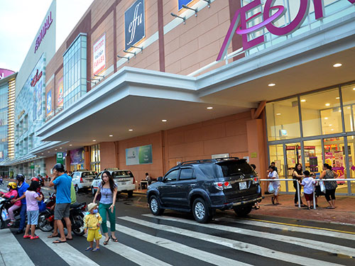 Aeon Mall, trung tâm thương mại của Nhật ở Việt Nam Ảnh: TẤN THẠNH