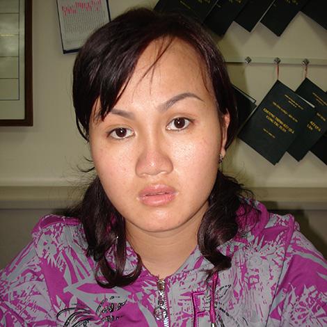 Đối tượng Nguyễn Phượng Ly đã lợi dụng sơ suất của chị Nguyễn Thị Minh trong quản lý tài khoản để chiếm đoạt 5 tỉ đồng.