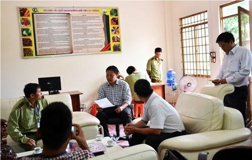 Công bố quyết định kiểm tra việc chấp hành pháp luật của văn phòng đại diện Thuận Phong.