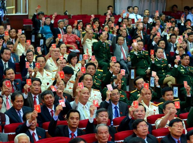 Đại hội biểu quyết thông qua Nghị quyết Đại hội