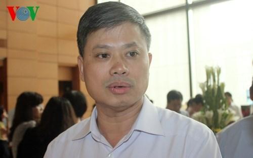 it nguoi to cao tham nhung: dau chi vi tien thuong hinh 1