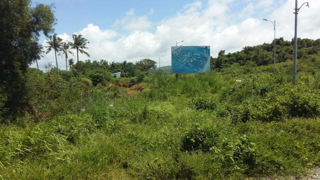 Một khu đất có diện tích 4ha tại An Thới đã được một chủ đầu tư mua từ người dân, chuẩn bị đầu tư dự án nghỉ dưỡng. Lô đất này nằm cách bờ biển khoảng 700m.
