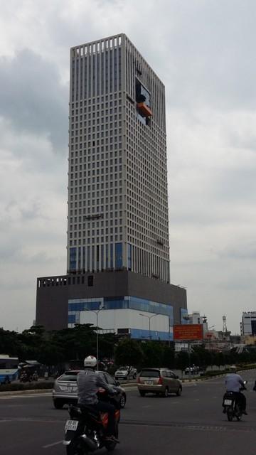 Trung tâm thương mại cao 32 tầng được phát triển ngay trên khu chợ Văn Thánh cũ.
