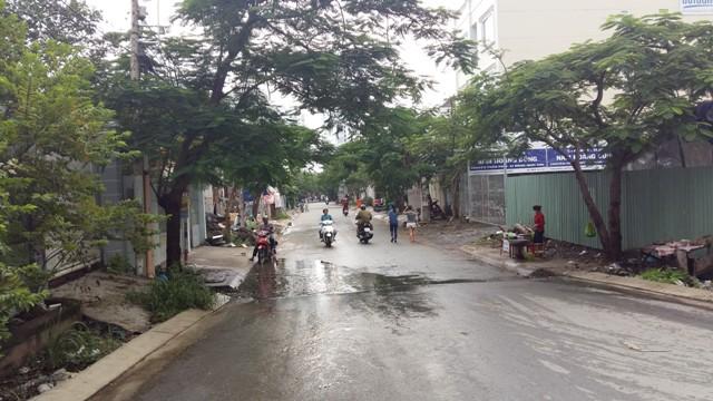 Khu dân cư Làng Đại học Nam Sài Gòn. Đây là một mô hình khu dân cư khép kín, đa số phục vụ sinh viên và đội nghủ chuyên gia, giảng viên.