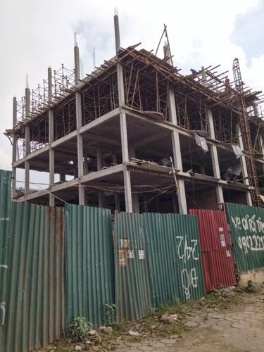 Hiện tại các căn biệt thự đang trong quá trình xây thô