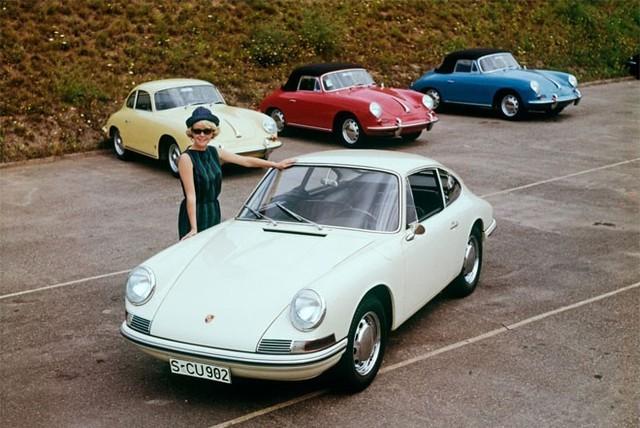 Ban đầu, chiếc xe được dự định đặt tên là Porsche 901. Tuy vậy, hãng Peugeot đã đòi Porsche phải sử dụng một tên gọi khác vì Peugeot đã đăng ký bản quyền đối với cách đặt tên xe gồm 3 chữ số, trong đó chữ số ở giữa là số 0. Porsche đã thay đổi bằng cách thay số 0 ở giữa bằng số 1.