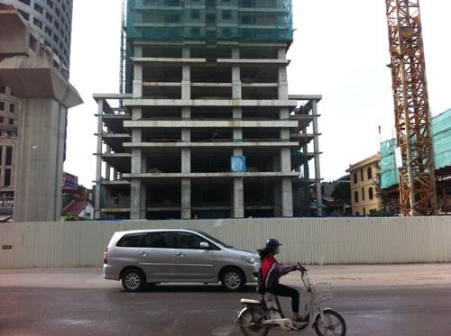 Công trình nhìn từ mặt đường Trần Phú