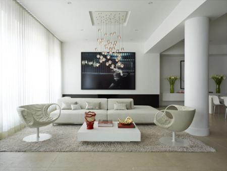 """Sofa đối diện với cửa chính dễ làm """"khí"""" từ ngoài cửa sẽ xung thẳng vào người ngồi."""