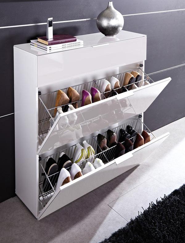 Không gian nhà bạn sẽ gọn gàng hơn rât nhiềi với những chiếc tủ đựng giày thế này.