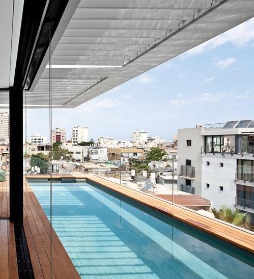 Xây bể bơi trên khoảng sân thượng - giá trị lợi ích tuyệt vời