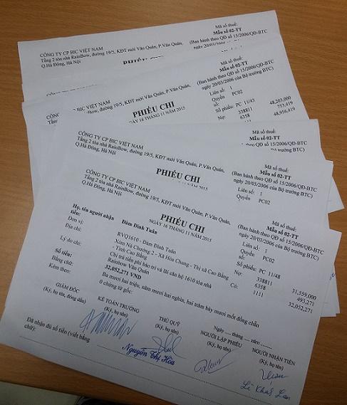 Ngày 16/11/2015 đã có 20 hộ cư dân đến nhận tiền phí bảo trì