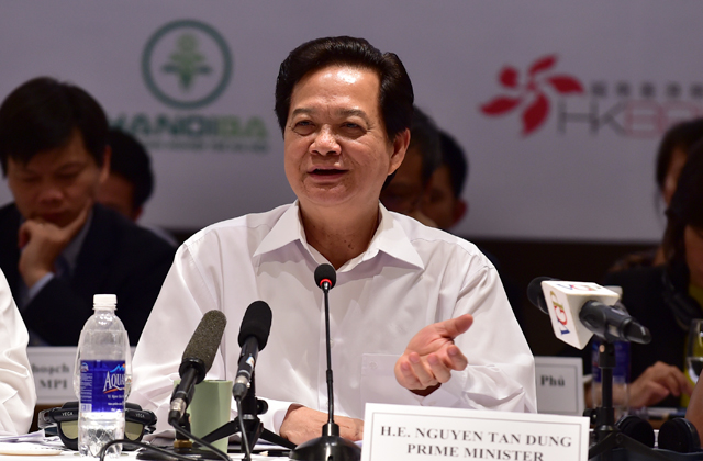 Thủ tướng Nguyễn Tấn Dũng cũng chia sẻ nhiều thông tin về tình hình kinh tế-xã hội của Việt Nam. Ảnh: VGP/Nhật Bắc