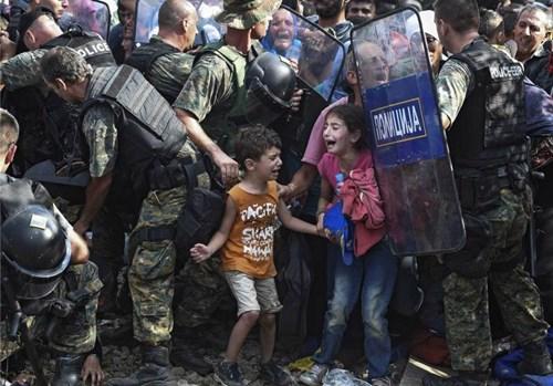 Châu Âu đứng trước thách thức khủng hoảng người nhập cư (Ảnh: EPA)